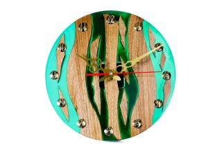 Clock with wood and epoxy resin
